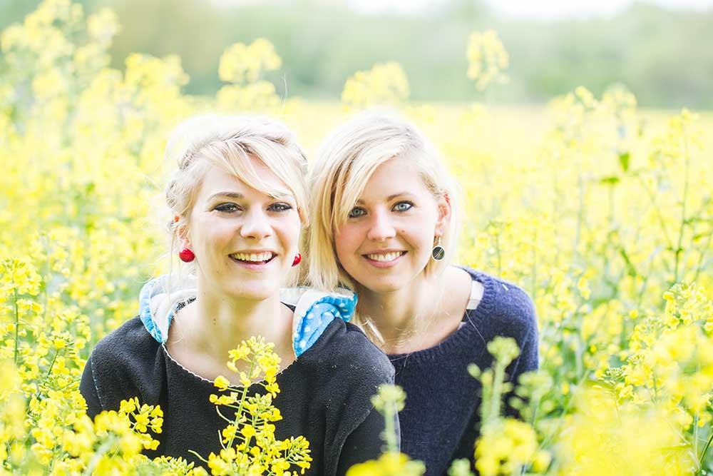 Anna & Lisa